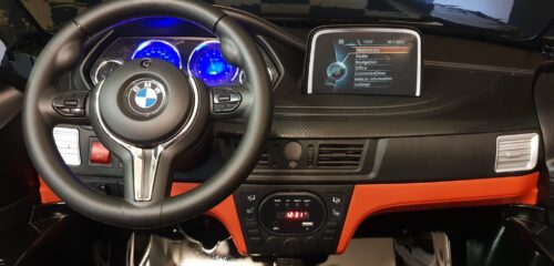 Dashboard BMW X6 metallic zwarte kinderauto