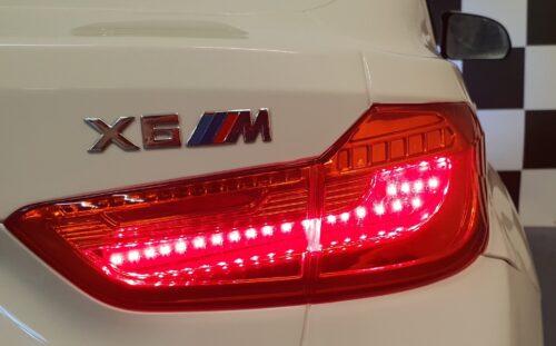 X6 elektrische 2 persoons kinderauto wit