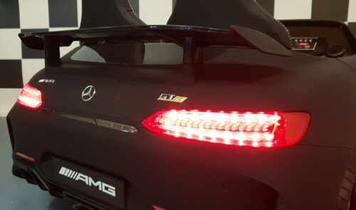 Mercedes accu auto gtr