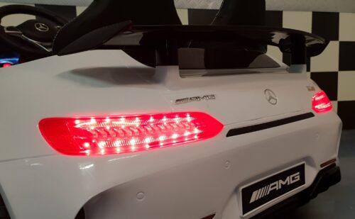 Mercedes speelgoedauto op accu