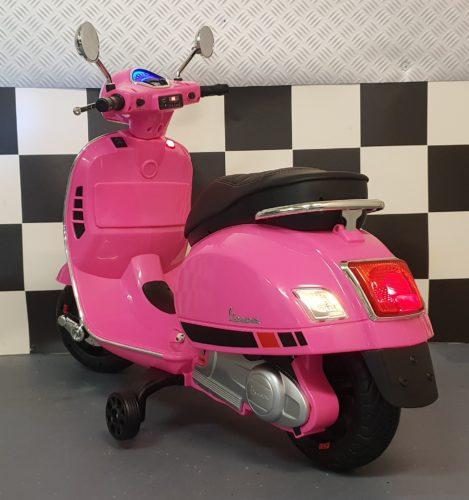 accu scooter Vespa roze
