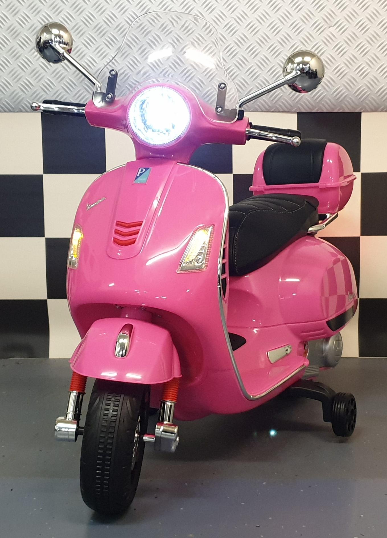 Vespa kinderscooter Roze 12 volt met windscherm
