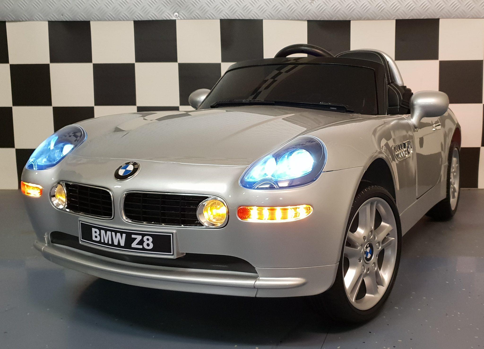 Kinder accu speelgoedauto BMW Z8 met afstandsbediening