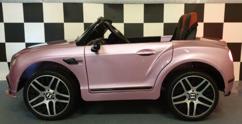roze speelgoedauto bentley