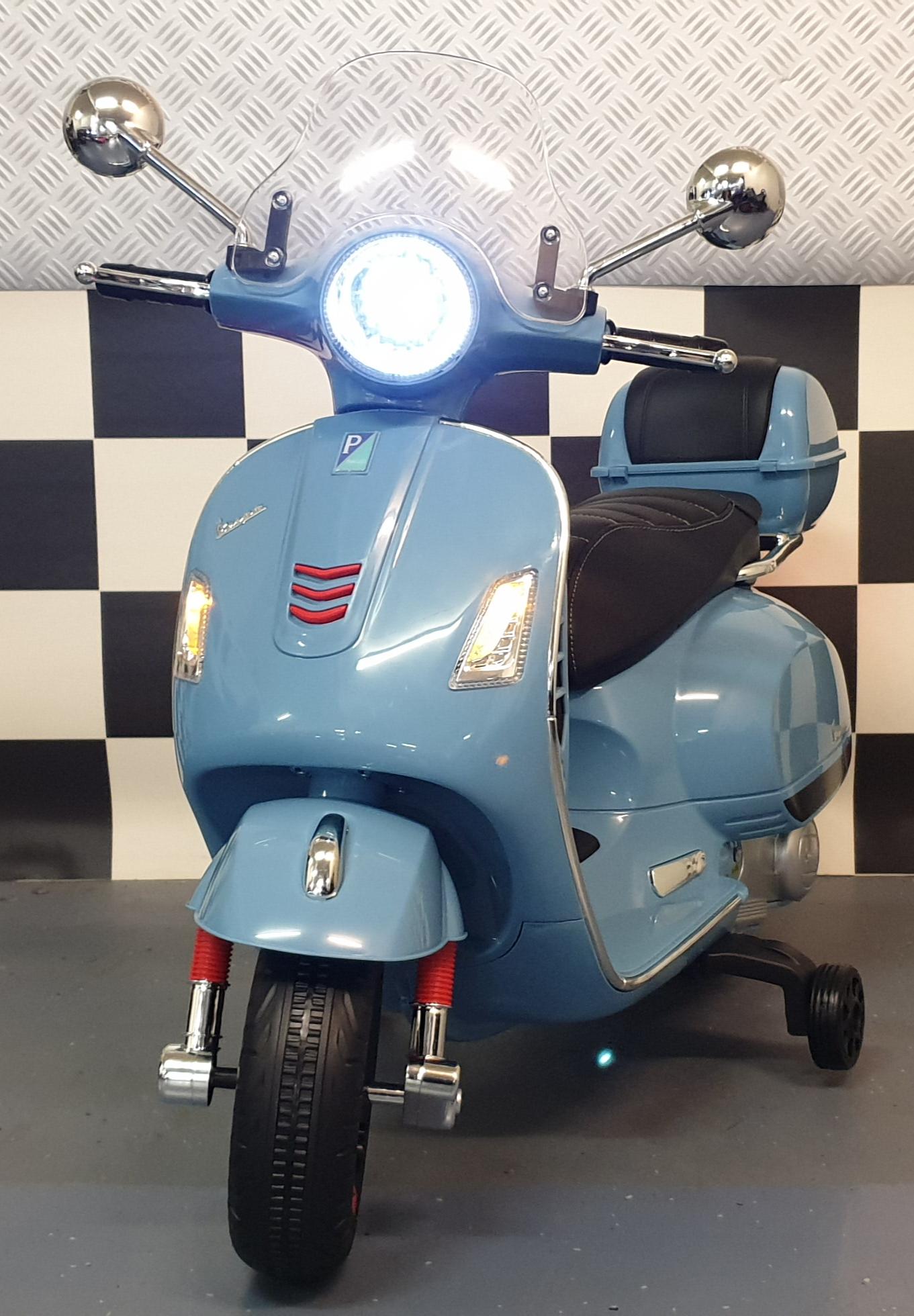 Vespa elektrische kinderscooter 12 volt blauw