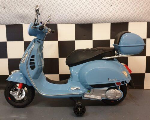 Vespa elektrische accu scooter voor kinderen