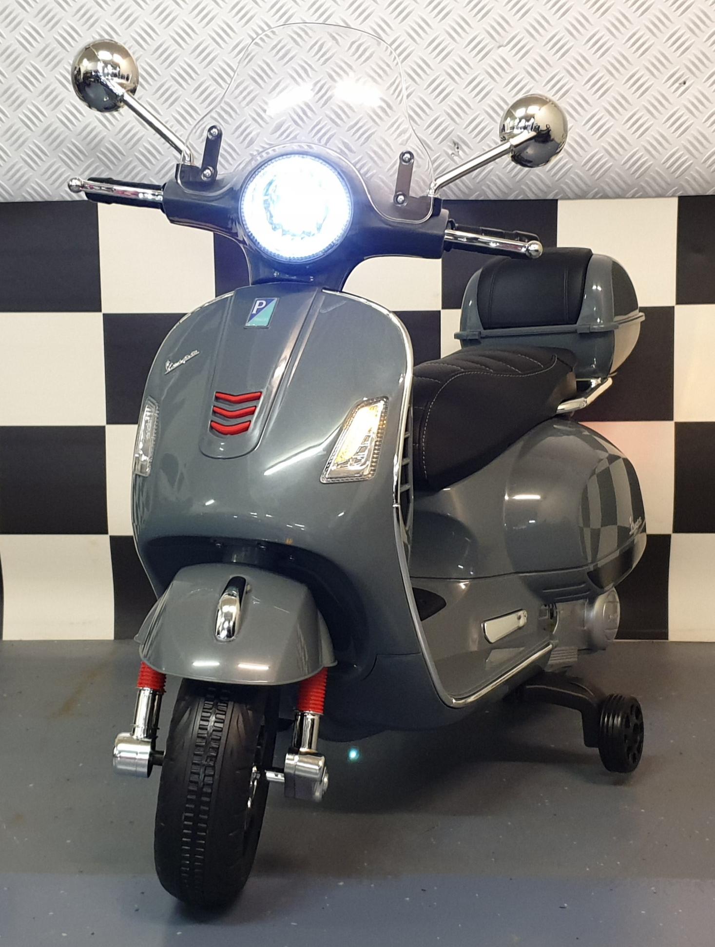 Vespa elektrische kinder accu scooter 12 volt  Grijs