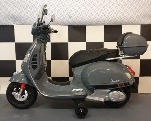 kinder scooter vespa grijs