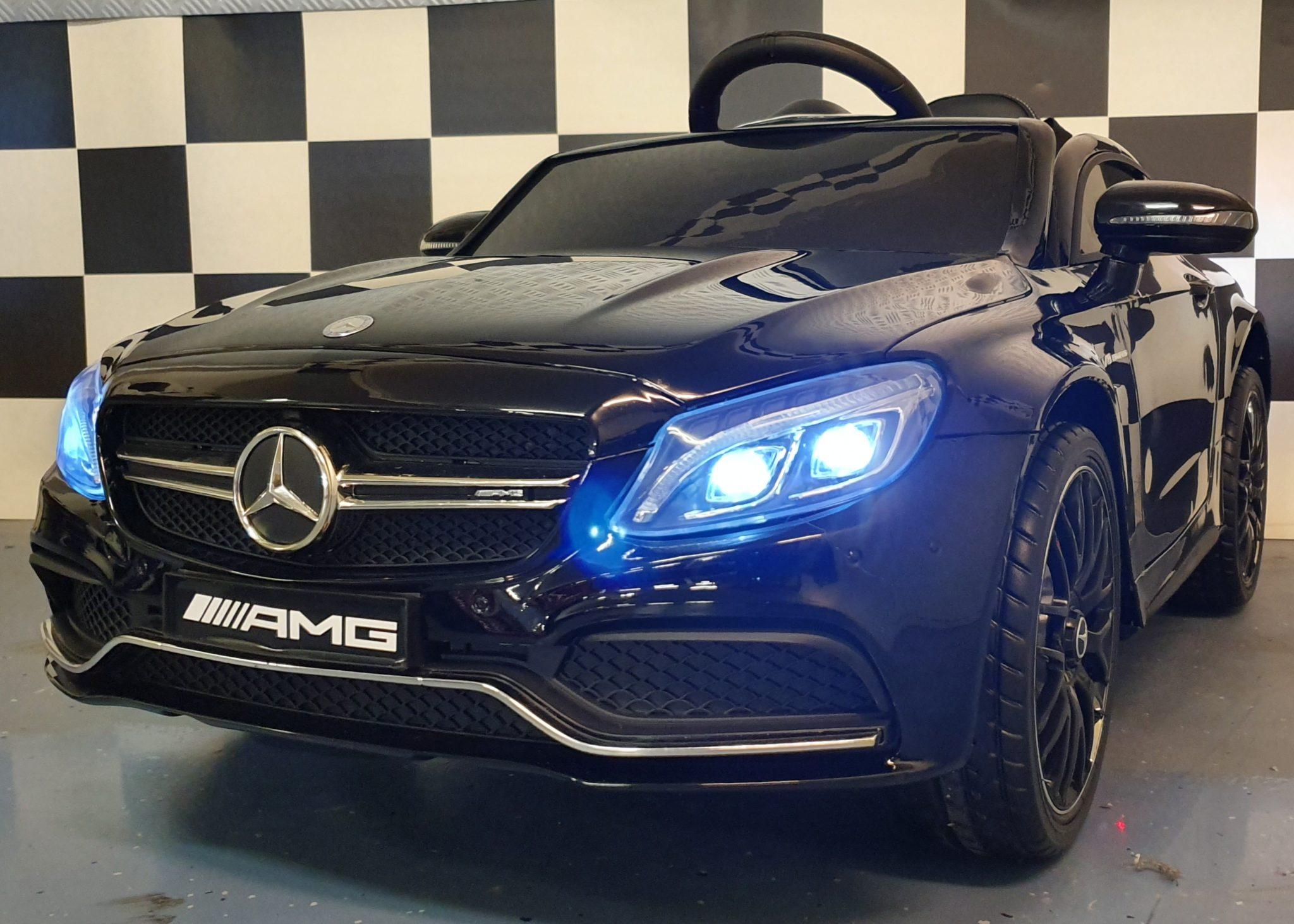 Accu kinderauto Mercedes C63 AMG 12 volt, 2.4G afstandbediening metallic zwart