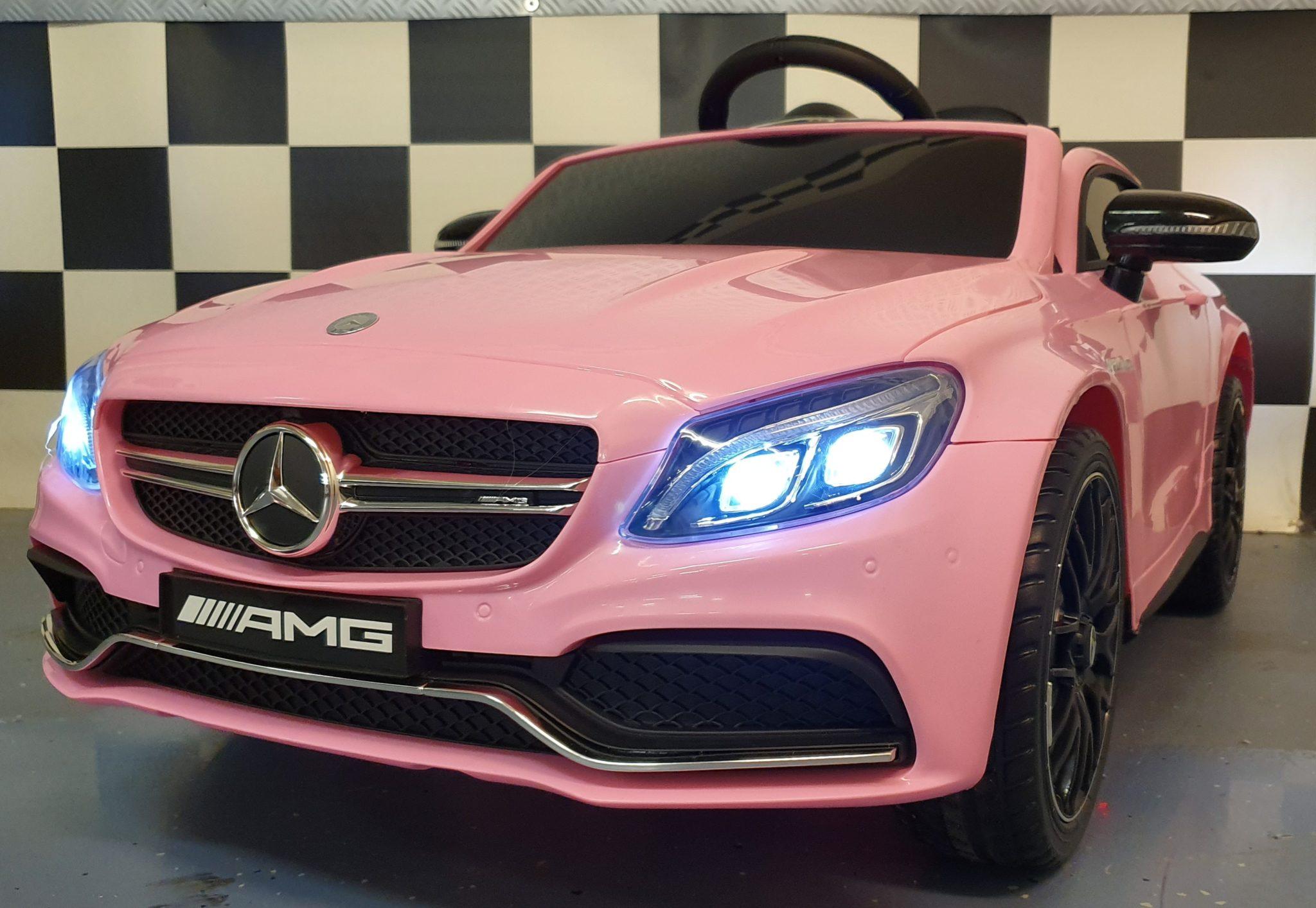Kinderauto Mercedes C63 12 volt, 2.4G afstandbediening roze
