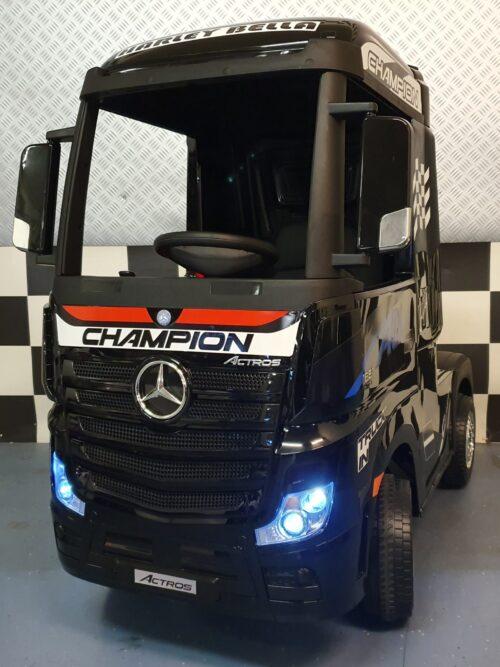 Elektrische kinder vrachtwagen Mercedes