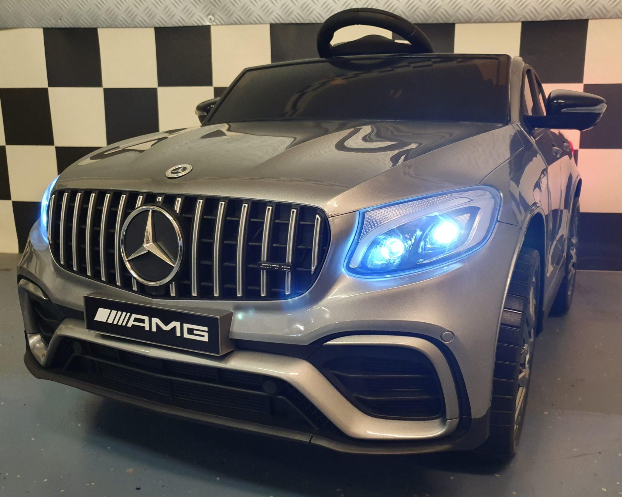 Kinder accu auto Mercedes GLC 12V metallic zilver 1 persoons met mp4