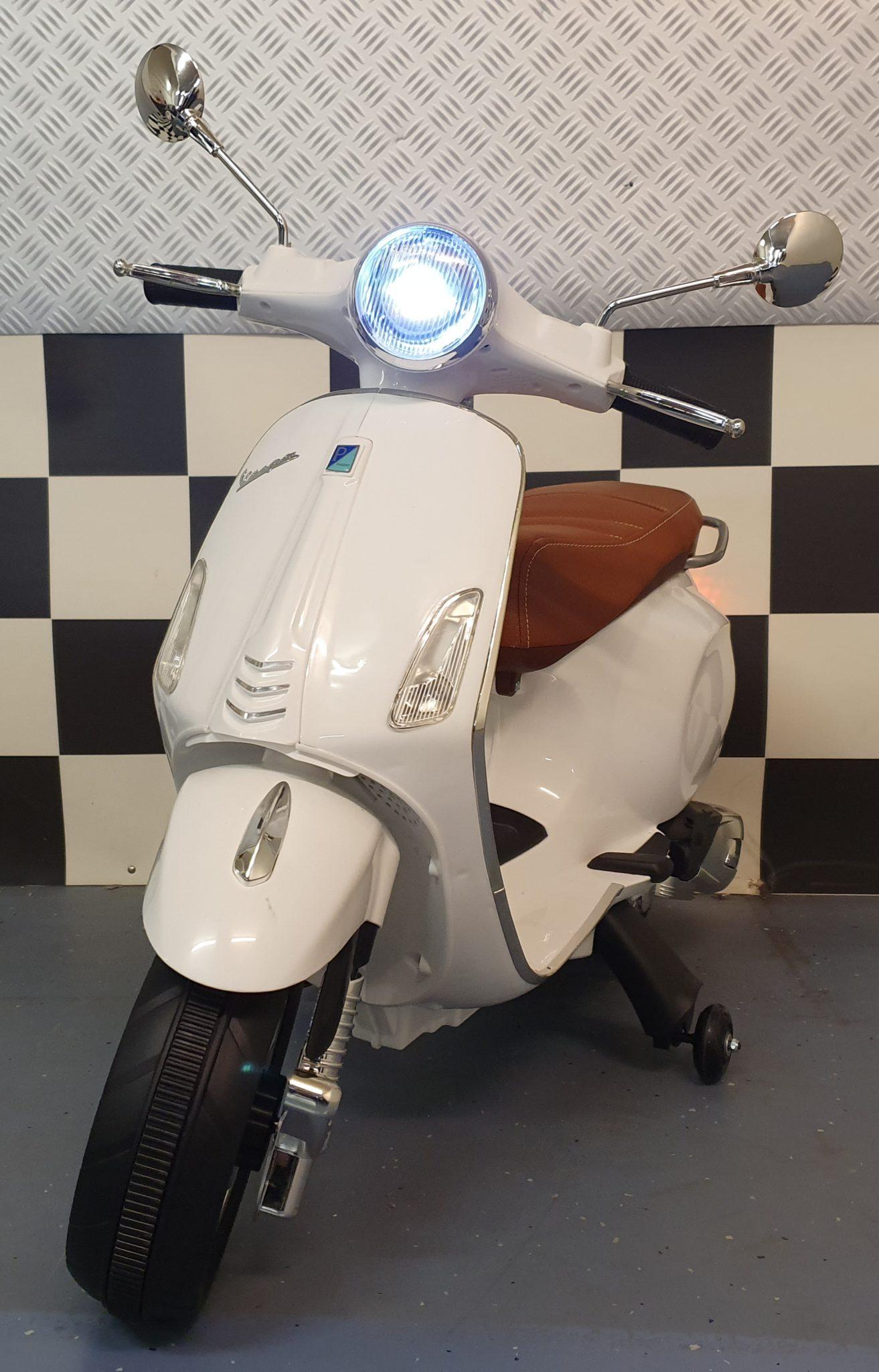 Vespa accu kinderscooter Primavera 12 volt wit