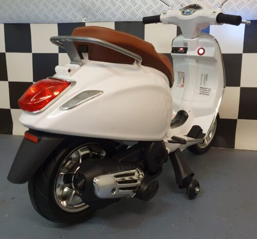 kinder scooter vespa wit