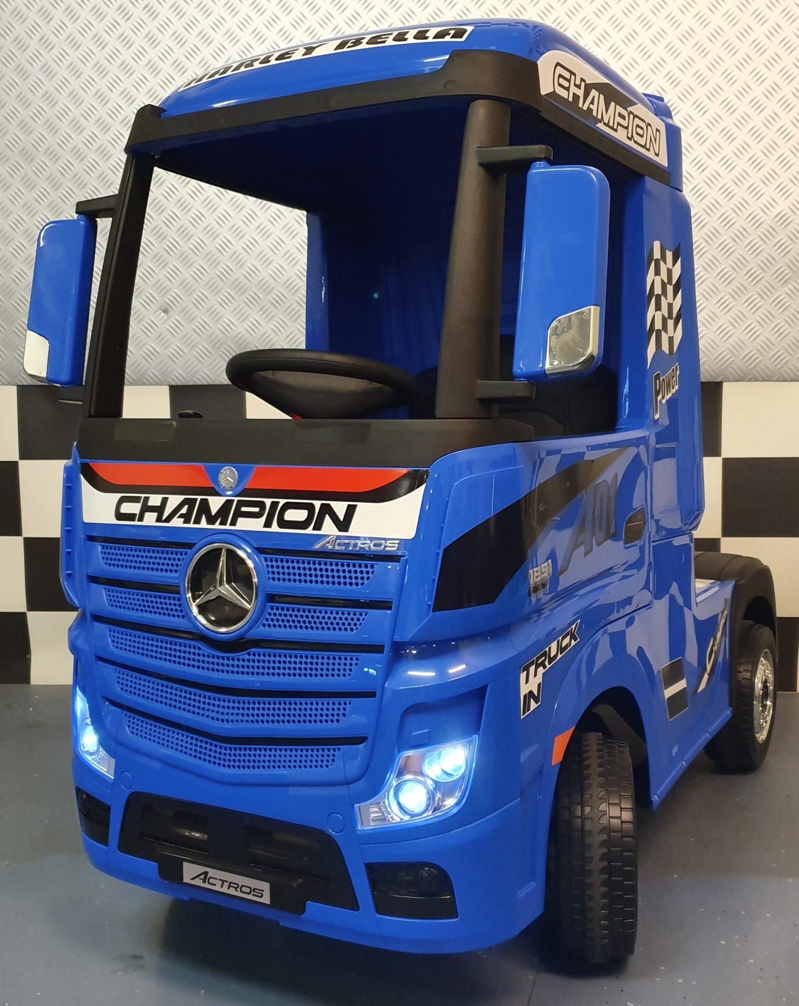 Elektrische kinder vrachtauto Mercedes Actros met trailer blauw