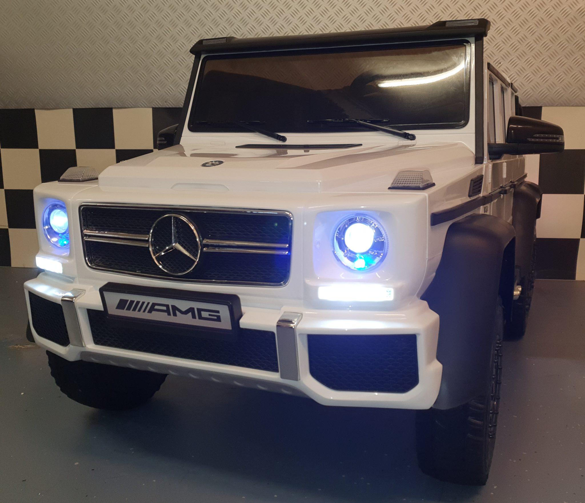 2 zits kinderauto Mercedes 6×6 AMG 2.4G RC 12V wit