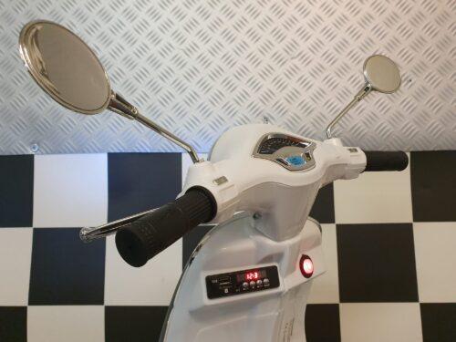 vespa accu kinderscooter wit