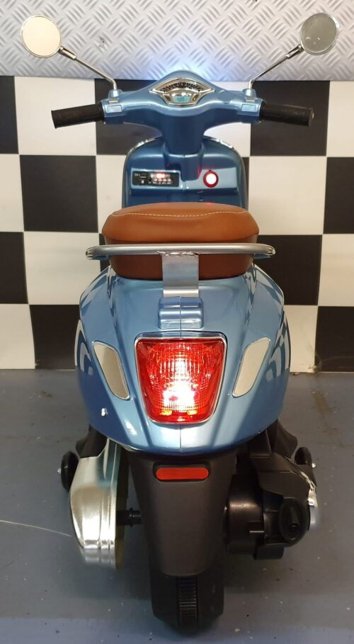vespa scooter voor kind
