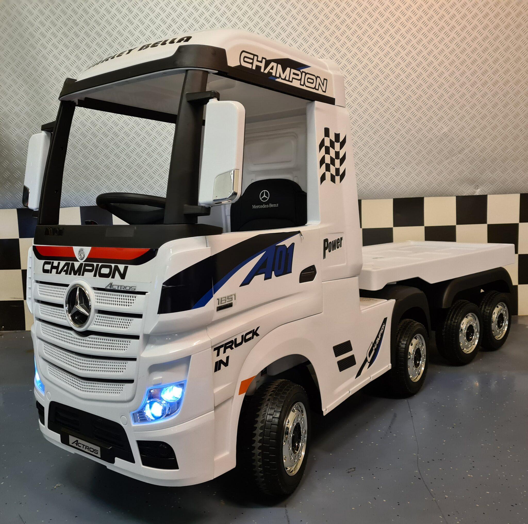 Kinder vrachtwagen Mercedes Actros met aanhanger wit