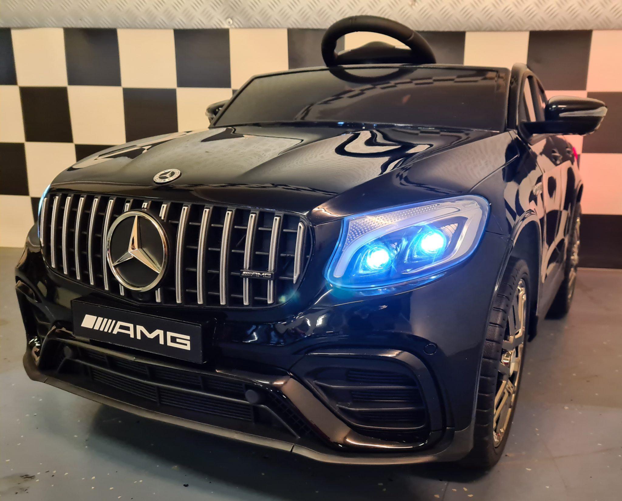 Kinderauto Mercedes GLC 12V metallic zwart 1 persoons met mp4
