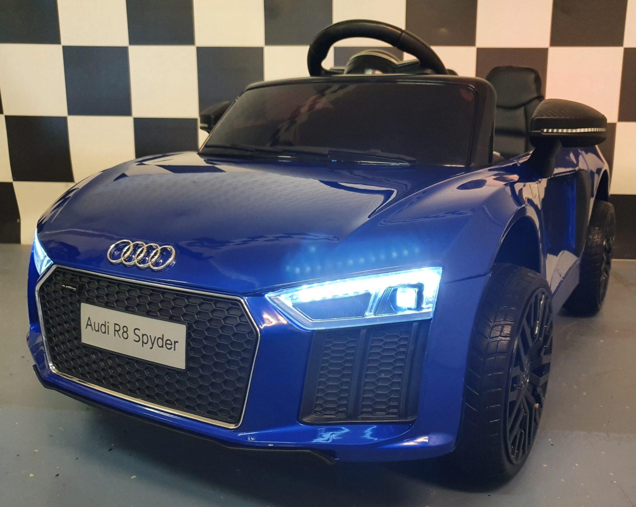 Kinderauto Audi R8 met RC en 12 volt metallic blauw