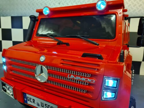 Accu speelgoedauto Mercedes Unimog