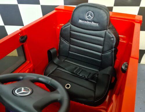 Speelgoedauto Mercedes Unimog