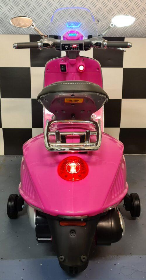 Accu kinderscooter Vespa