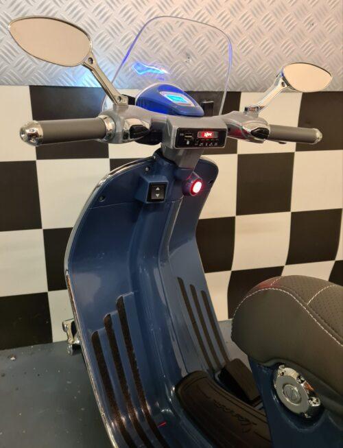 Accu speelgoed scooter Vespa