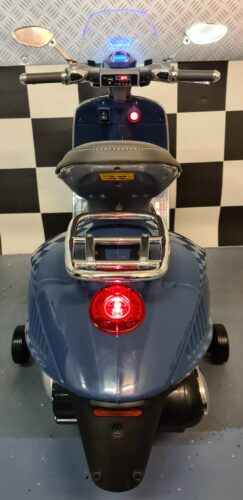 accu kinder vespa scooter