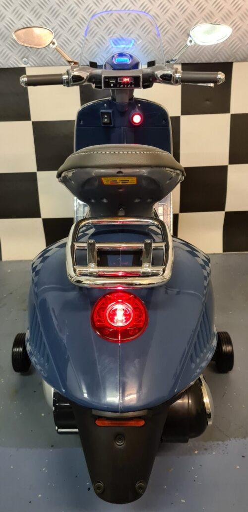 accu kinder vespa scooter