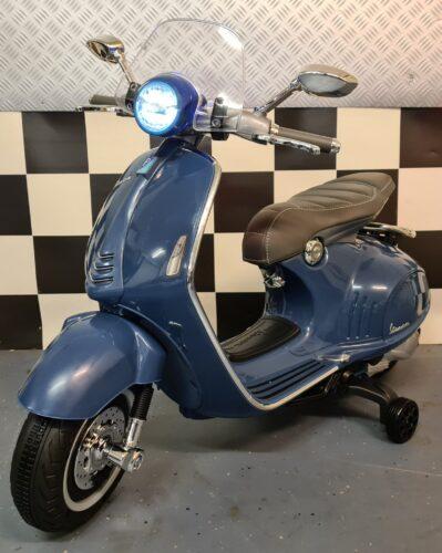 accu kinderscooter Vespa 946