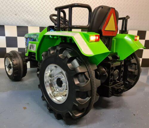 Kinder tractor 12volt