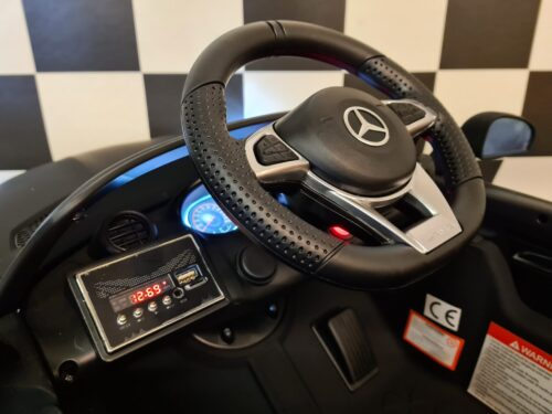 Elektrische auto kind Mercedes GTR mat zwart
