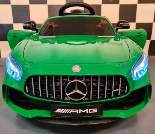 Elektrische kinderauto Mercedes GTR metallic groen