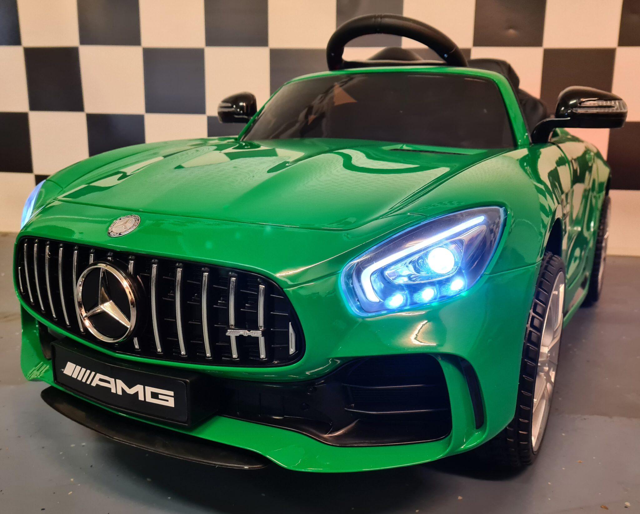 kinderauto Mercedes GTR metallic groen met RC