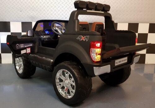 Speelgoedauto New Ranger mat zwart 2x12V 2.4G RC