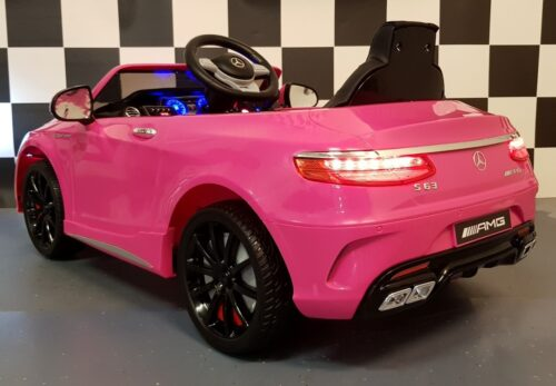 12 volt Mercedes S63 roze kinderauto 12 volt 2.4G RC bediening