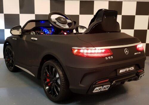 12 volt Mercedes S63 accu auto 12 volt 2.4G RC bediening