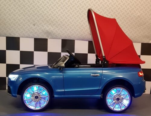 Audi RS 5 kinderauto met zonnedak blauw 12 volt