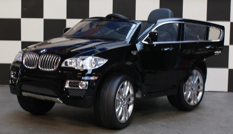 Accu auto BMW X6 2.4G RC zwart soft start, 12V en rubberen banden