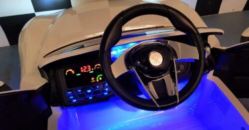 Dashboard witte Maserati Alfieri