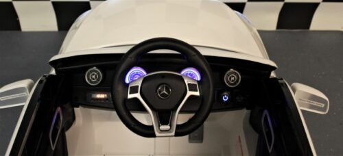 Dashboard Mercedes A45 AMG wit