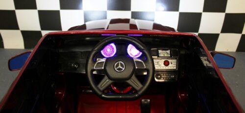 Dashbaord MB GL63 rood