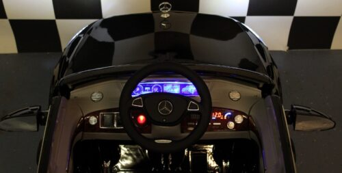 dashboard mb s600 kinderauto zwart