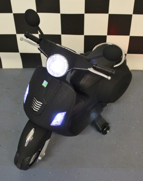 Retro scooter mat zwart 12v