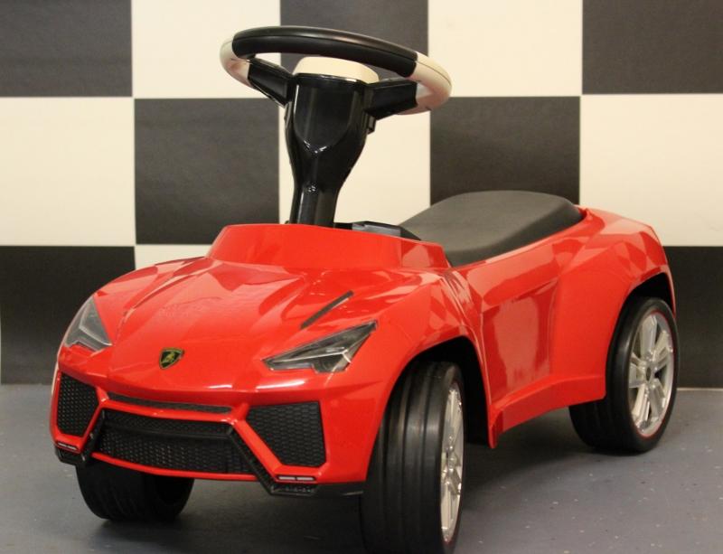 Lamborghini Urus loopauto rood