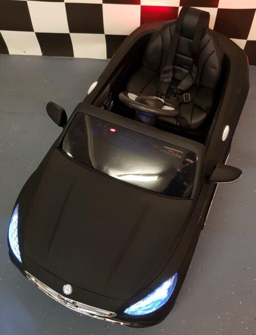 Mat zwarte Mercedes S63 kinderauto 12 volt accu rc bediening