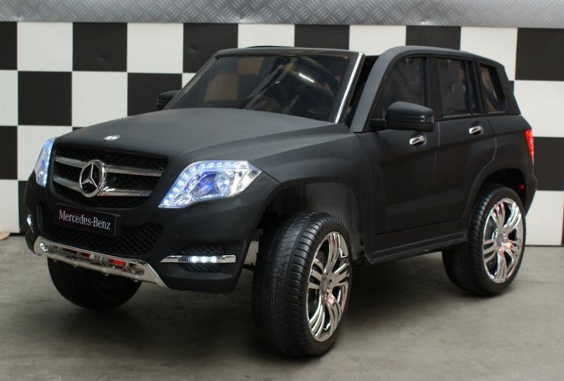 Mercedes GLK 300 accu kinderauto 12V met afstandsbediening mat zwart.