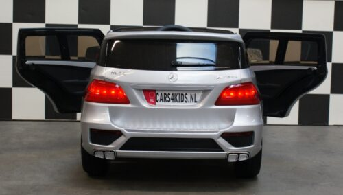 mercedes ml63 amg accu speelgoedjeep